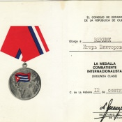 1992-09-22. Удостоверение к медали воина-интернационалиста II степени. Разворот.