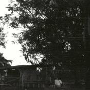 Спецы с пивом около интерклуба в Роло. 1987