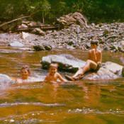 1982. На речке