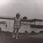 1978-1980. Женечка на берегу