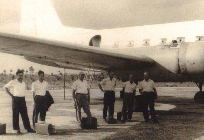 1962-1965. Перед полетом по территории Кубы (в кадре самолет местного значения)