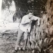 «Раз, два, три, четыре, пять. Я иду искать. Кто не спрятался, я не виноват. Гавана. Пунта-Брава. Лето 1963».