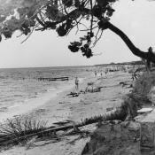 1964. На пляже, фото 2