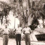 Слева направо: командир части - Воронков Александр Михайлович, начальник штаба - Акимов Николай Михайлович, заместитель командира части по инженерно-ракетной службе Багаев Александр Федорович, 1963