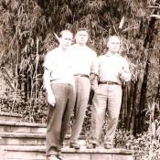 Слева направо: Н.М. Акимов, А.Ф. Багаев, А.М. Воронков; бамбуковая роща, 1963