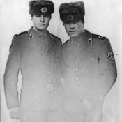 Слева - Паневский Владимир, друг Николая Семенова