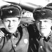 Виктор Шикалев с товарищем