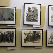 Известные снимки с Фиделем, справа внизу «Адмирал Нахимов».