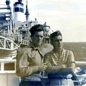 В Атлантике. Капитан Барбаков Николай Тихонович слева.
