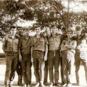 1989-1990. Групповой снимок на фоне казармы, фото 2