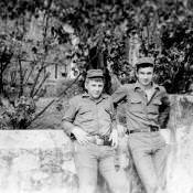 1978-1979. В.Грачёв и С.Агафонов (мой «молодой» сменщик) около нашей касы.