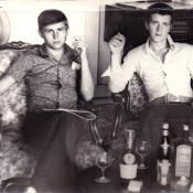 1978-1979. Михаил Борисов и Александр Кривонос на касе Старшего