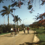 http://cubanos.ru/_data/gallery/foto093/thumbs/thumbs_zl14.jpg