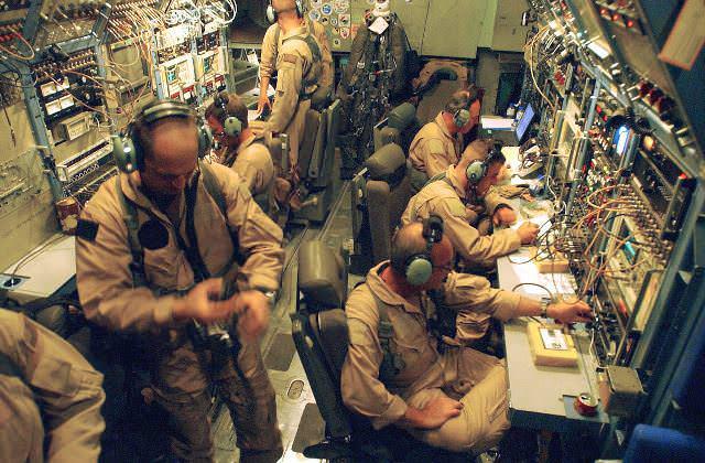 Переговоры Mopup 71 (EC-130) и Mopup ops (авб. Кислер) через МакДилл