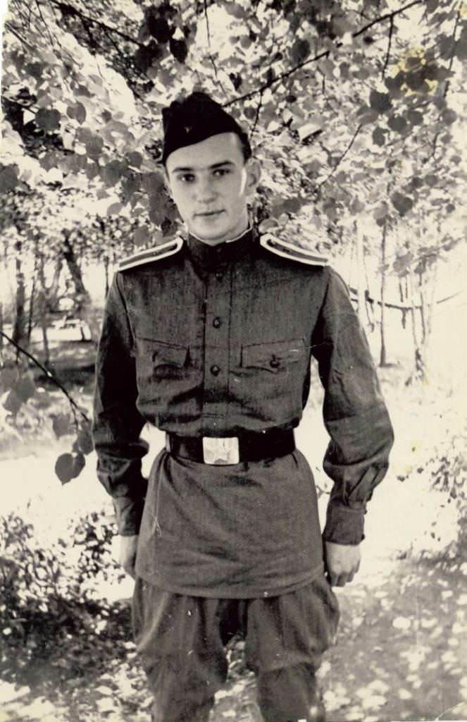 Морозов Евгений. Профессия: военный переводчик