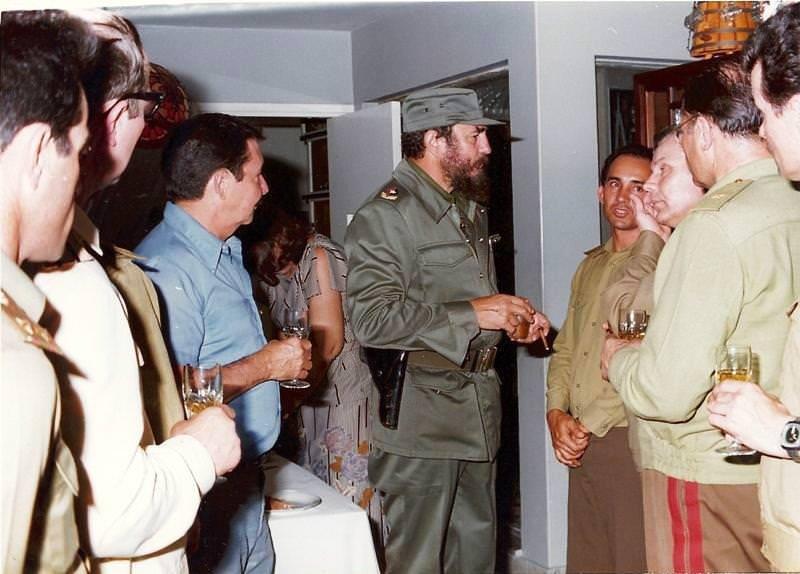 Щеглов Александр. Генерал-полковник А.Д. Лизичев на Кубе. Май-июнь 1981 года.