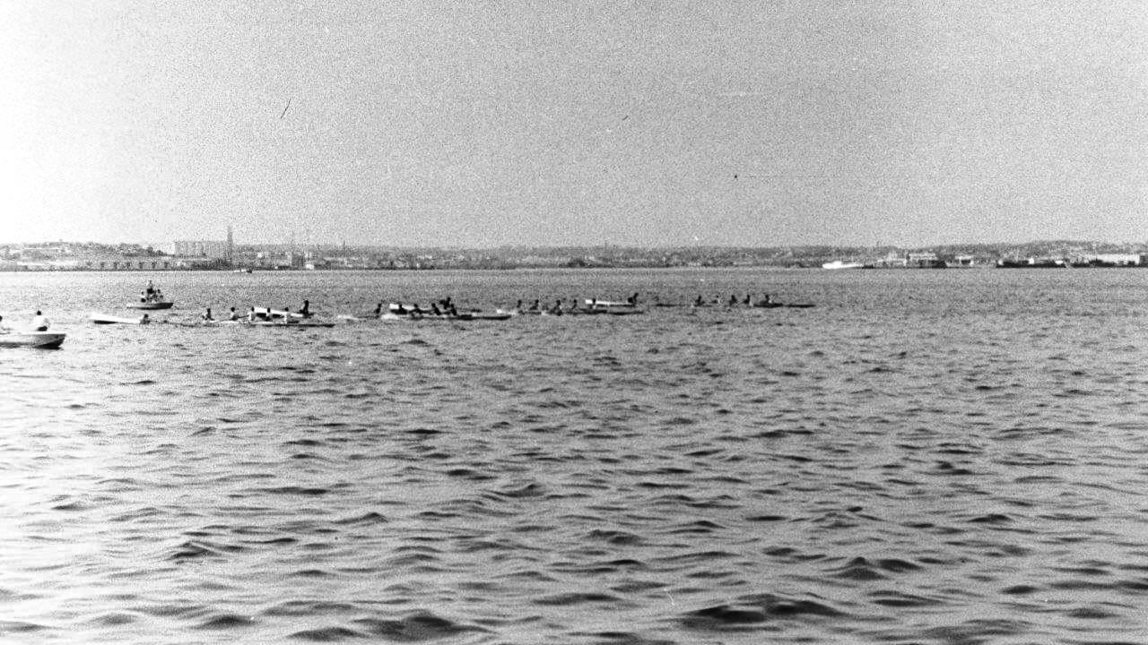 Соревнования гребцов в Гаванской бухте, 1964 год