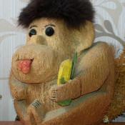 Обезьянка из кокоса. Ракурс 3.