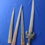 Меч из челюсти рыбы-меч. Ракурс 2