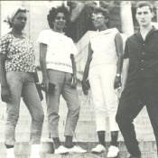 1965 - У Капитолия