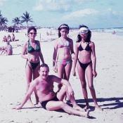 1988-1991. Пляж Санта-Мария. Владимир Шевелёв и мучачи