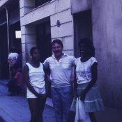 1988-1991. В центре Гаваны недалеко от магазина, где советикам продавали книги на русском языке.