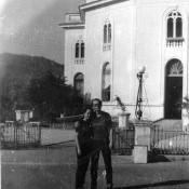 1983. Март. В день бракосочетания (Анатолия и Инны) у католического собора в Сантьяго-де-Куба.