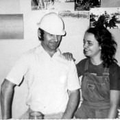 117. 1982-1984. Фото 14. В офисине комплекса 1-А, Инна Леонова с монтажником Виктором Кульчихиным.