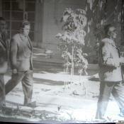 1973. В советском посольстве в Гаване. Леонид Ильич Брежнев, сзади - А.А. Громыко.