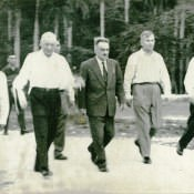 Слева направо: ?, И.А. Плиев, А.И. Микоян, А.С. Токмачев, ?, октябрь-ноябрь 1962