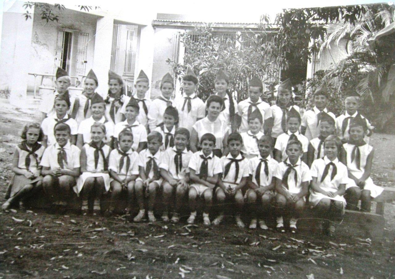 16 фото: Гавана, Новая Деревня, 2-4 классы, 1965-1967