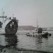 003. Тянут СПС (спасательно-подъемное судно) «Карпаты» Первый год я служил на нем.