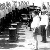 057. Общее построение на баке экипажей АПЛ К-324 и СС «АЛДАН». Куба 1983 год.