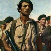 Гаванский рабочий - боец народной милиции. Цветное фото В. Володкина.