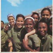 39. Estudiantes de la Secundaria Basica.
