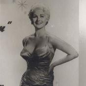 11. 1957. Гавана. В ночном клубе.