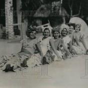 1931. Фото из газеты. Гавана. Дамы в пляжных костюмах.