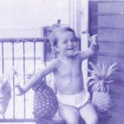 1978-1980. Женечка с ананасами