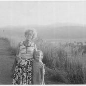 1980-1983. Ольга и ее мама, Нина Николаевна