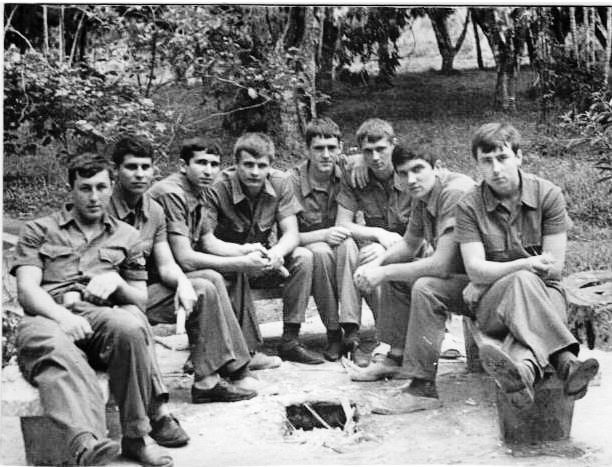 Доленко Анатолий. Узел связи в Торренсе, радист, май 1975 - декабрь 1976