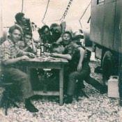 Около радиостанции без офицеров, фото 1