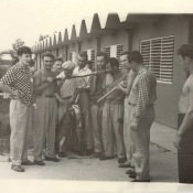 После удачной подводной охоты. Октябрь 1962 года. База «Гранма».