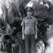 1981-1983. А.А. Немудров у дома на 41 у Зоологико