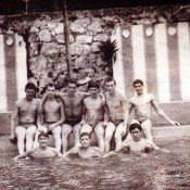 1986-1987. В бассейне