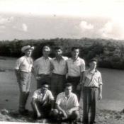 31. Коллективный снимок на фоне лагуны