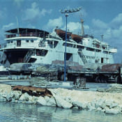 1975. Паром между Батабано и Нуэва-Херону, остров Хувентуд (Пинос)
