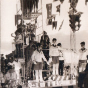 Карнавал 60-х, новый фотоальбом