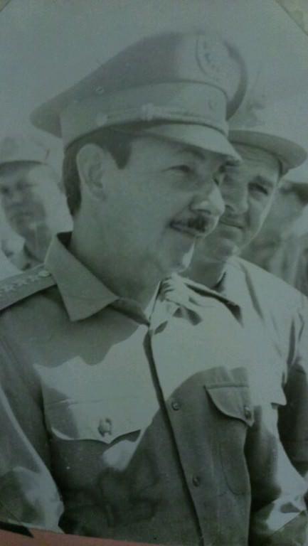 1976. Рауль Кастро и комбриг Шевченко.