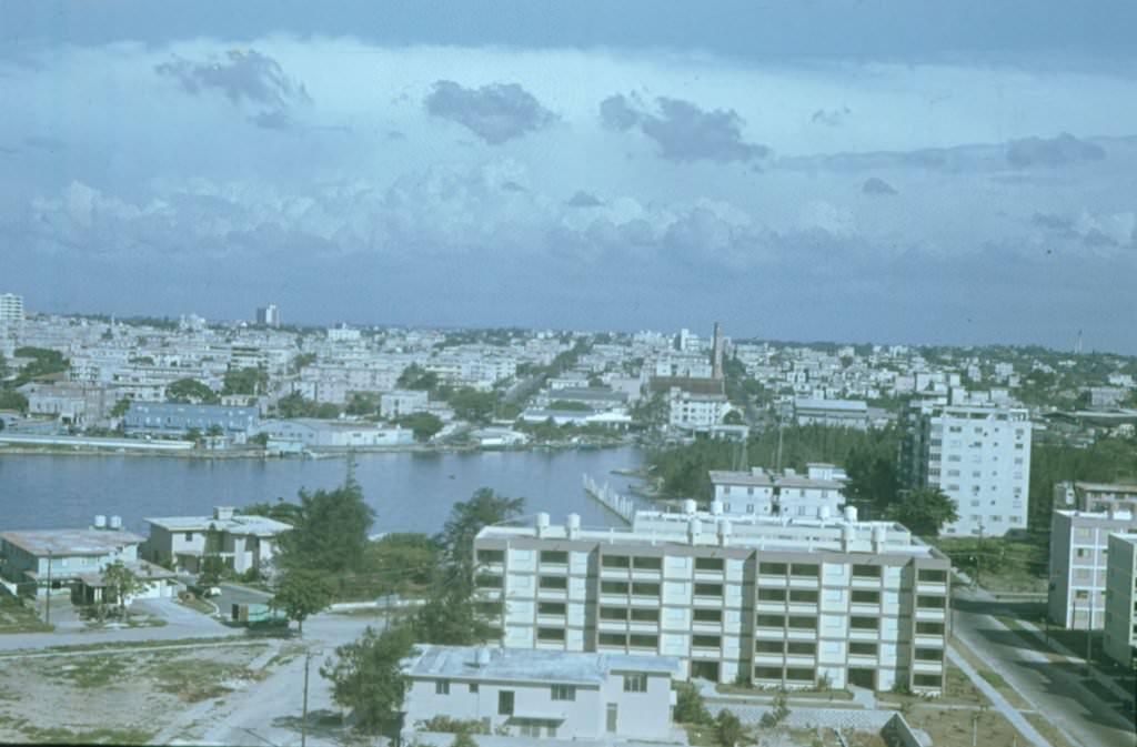 1974. Река Альмендарес