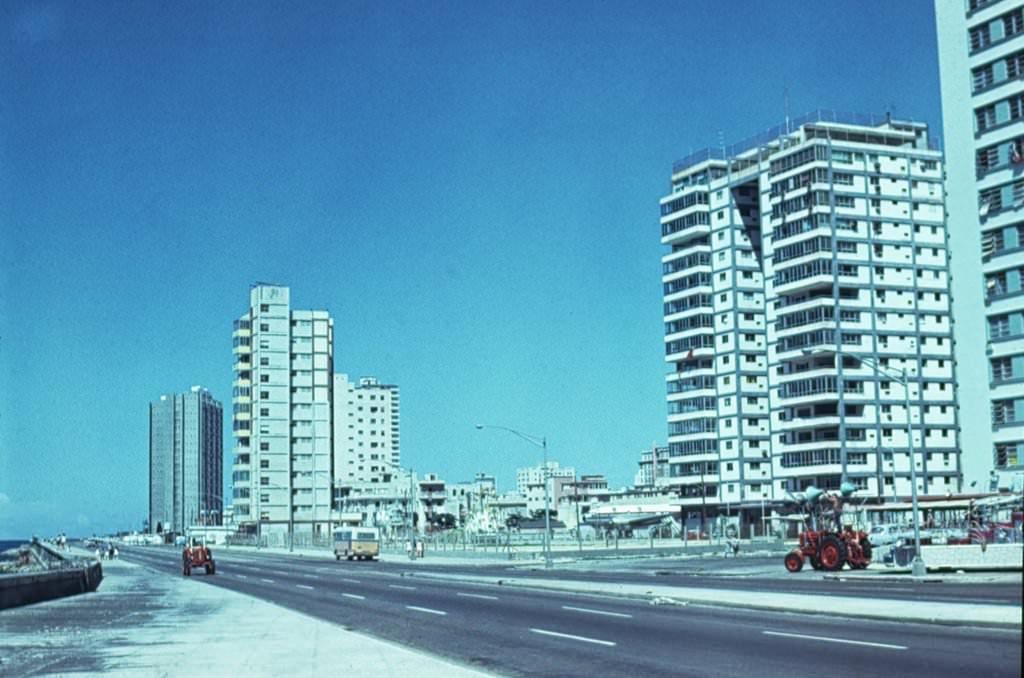 1976. Малекон